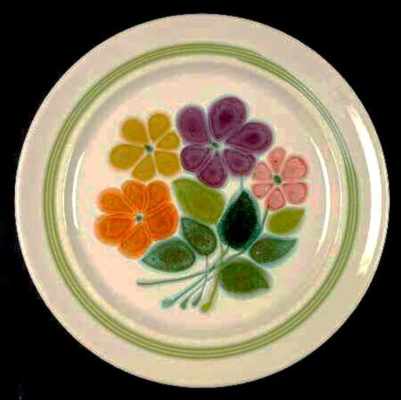 Franciscan Floral Plate Boho Bohemian Plate Flowers Green
