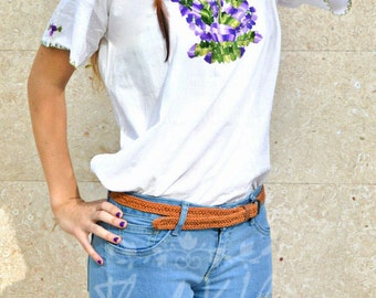 SALE Beautiful Purple Flowered Hand Embroidered Blouse / Tradition From Chiapas