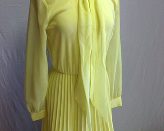 1970s Vintage Yellow Gown
