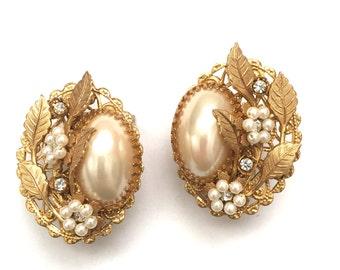 Stunning Vintage 1940s Gold Filigree Faux Pearls Austrian Crystal Beaded Flower Leaf Vine Clip On Earrings