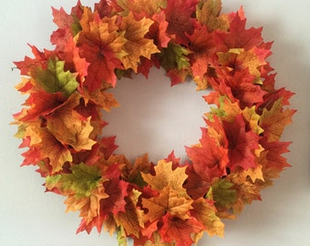 Hand made Autumn leaves wreath - Halloween - Autumn leaves - Autumnal - Door Wreath - Indoor/Outdoor