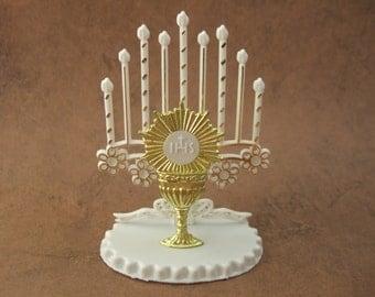 Chalice w/ Host Blessed Sacrament Catholic Shrine Eucharist First Holy Communion Cake Topper