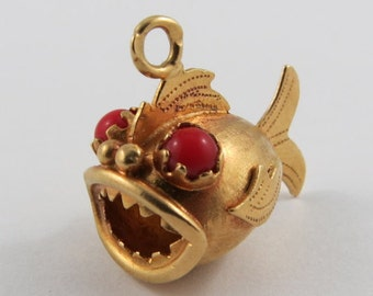 Piranha With Red Stone Eyes 18K Gold Vintage Charm For Bracelet