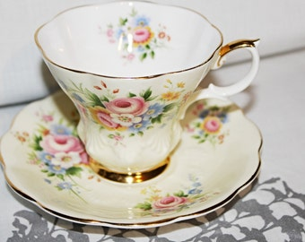 Royal Albert Lyric Teacup and Saucer Sunshine Yellow Pink Roses Bouquet Beautiful Condition c1950s