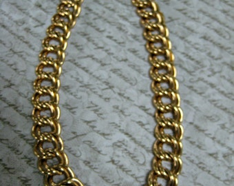 Vintage Chain Link Necklace, Gold Tone Necklace, Chain Link, Vintage Jewelry, Vintage earrings, Reclaimed Jewelry, Eco Friendly,gift for her