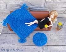 Knitted doll blanket and ottoman pouf Blue throw blanket Barbie furniture 1 6th scale miniatures Playscale diorama furniture