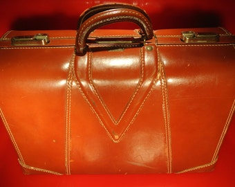 VTG Royal Chicago Brown Leather Deco Suitcase