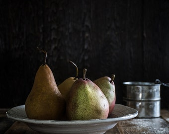 Still Life Fruit Photography, Still Life, Food Photography, Still Life Kitchen Photography, Home Decor, Wall Art, Kitchen Art, Pears