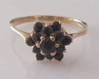 9ct Gold Midnight Blue Sapphire Flower Ring Size UK O USA 7