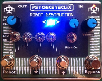 Robot Destruction Circuit bent FX Pedal  - fx/synth/noise/drone/ring modulator