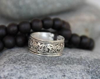 ring (ring) vintage silver man. Adjustable