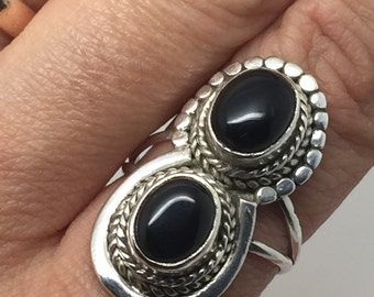 silver ring with black onyx stone,black onyx ring,black onyx jewelry,silver gewelry,stone ring,gemstone jewelry,boho ring,statement ring