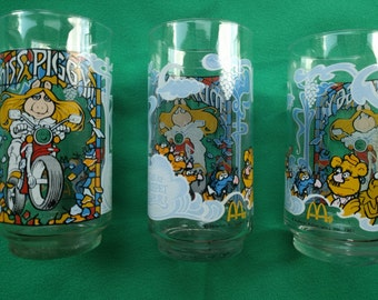 The Great Muppet Caper, Miss Piggy Collection, McDonald's Glasses, Collector Series, 1981, Henderson, Collectible