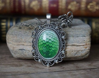 "Necklace ""GOT Dragon egg-green"""