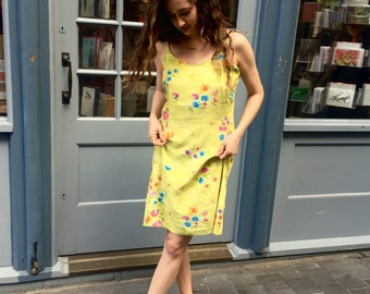 90s Summer Dress / Yellow Floral Dress