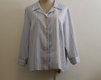 Vintage multi-color tiny triangle in stripe print pajama blouse