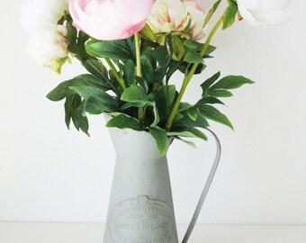 Rustic Peonies / Centerpiece / Romantic Flowers