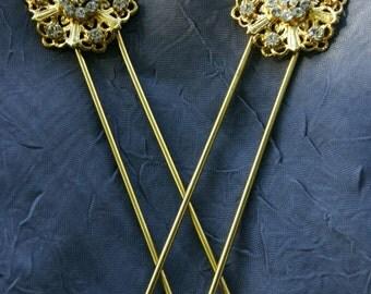 Gold filigree hairpins, pair of Swarovski hairpins, gold bridal fligree hairpins with floral motif