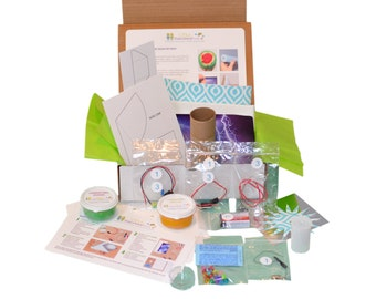 STEM Science Kit - 4 Projects - Science, Technology, Engineering & Math