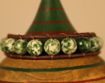 Single Wrap Bracelet - Green Tree Agate Beads - Brown Leather - Handcrafted - Silver Button - Free Shipping