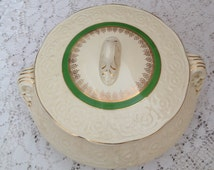 Vintage Sovereign Potters casserole/vegetable dish-Made in Canada
