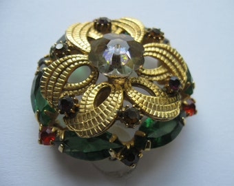 Fine Vintage Brooch with Reds and Greens, Borealis Center