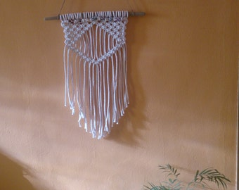 Chakra Macrame Wall hanging. Chakras decoration for the house. Skin chakras. Skin macrame 7 chakras. white carpet with semiprecious.