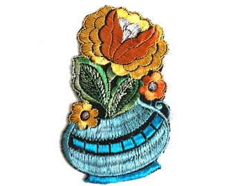 Authentic Collectible Flower Applique, flower basket applique, 1930s embroidered applique. Vintage floral patch, sewing supply. #641G86K16