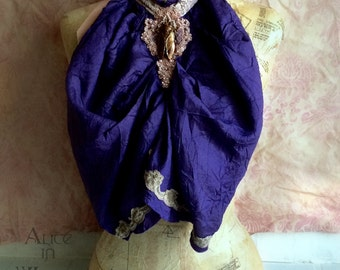 ON HOLD  Victorian steampunk cravat in blue and dusty rose. Gothic lace collar. Burlesque collar in blue and dusty rose