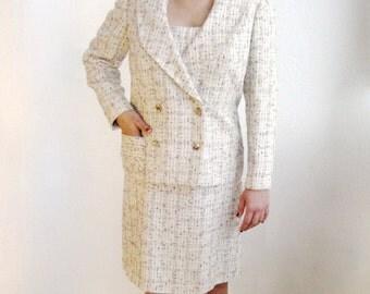 Small Cream Tweed Handsewn 1960s Dress Suit