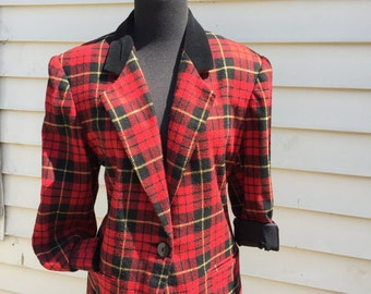 Preppy Plaid 80s-90s blazer in Size 8/9