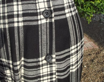 100 % Wool Pleated Skirt