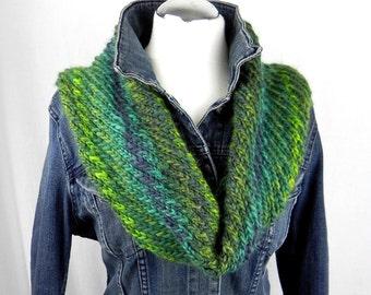 LOOP * NECK * diagonal handknitted * wool * wool wool scarf