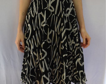 Vintage Style Graffiti 80s print pleated skirt