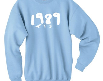 1989 Seagull T S Pullover Sweatshirt World Tour Light Blue
