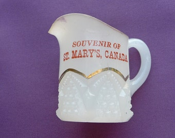 Souvenir Pitcher of St. Mary's Canada .. Ontario , Nova Scotia , Alberta , University , College