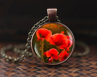 Red poppy pendant, red poppy necklace, poppy necklace, Red flower jewelry, Red necklace, Red poppies pendant, Floral necklace