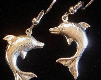 Dolphin Earrings Silver Plate Ocean Porpoise Nautical Ocean Sea Beach ES096