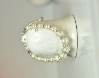 Pearl bracelet Beaded bracelet Pearl jewelry Bracelet for her Women's bracelet