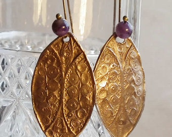 Bronze earrings  with a delicate ancient filigree look and amethyst beads   k62b-005