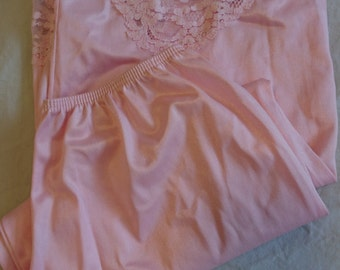Half Slip Petticoat by Kayser (size 10-12 Aus/UK & 5-6 US)