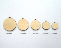 Unfinished laser cut Round wood pendants / Wood jewelry / Wood charms / Wood embellishments / Decorating ideas / Jewelry making / Handmade