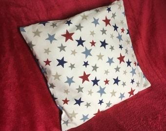 Star print cushion