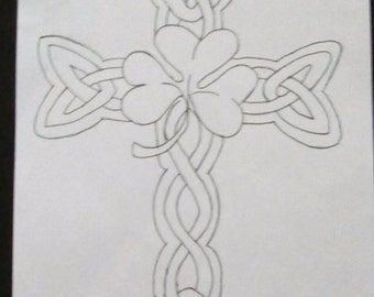 Irish/celtic cross with shamrock in the middle for adults