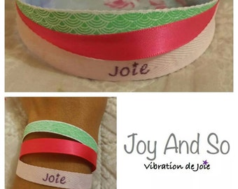 Intention joy bracelet / 3 pink and green ribbons