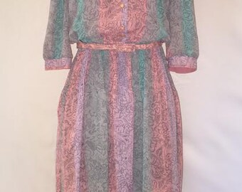 Pastel Vintage Retro Dress - 1970s - Size 10-12 - Super Cute!