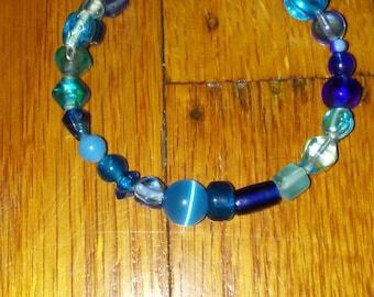 Blue starry beaded bracelet