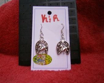 Lucky horse & horse shoe earrings