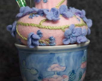 IN STOCK free US ship - Upcycled Pincushion in a Cup - store items and look pretty!