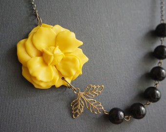 Statement Necklace,Flower Necklace,Yellow Flower Necklace,Yellow Necklace,Black Pearl Necklace,Black Necklace,Beaded Necklace,Gift For Her